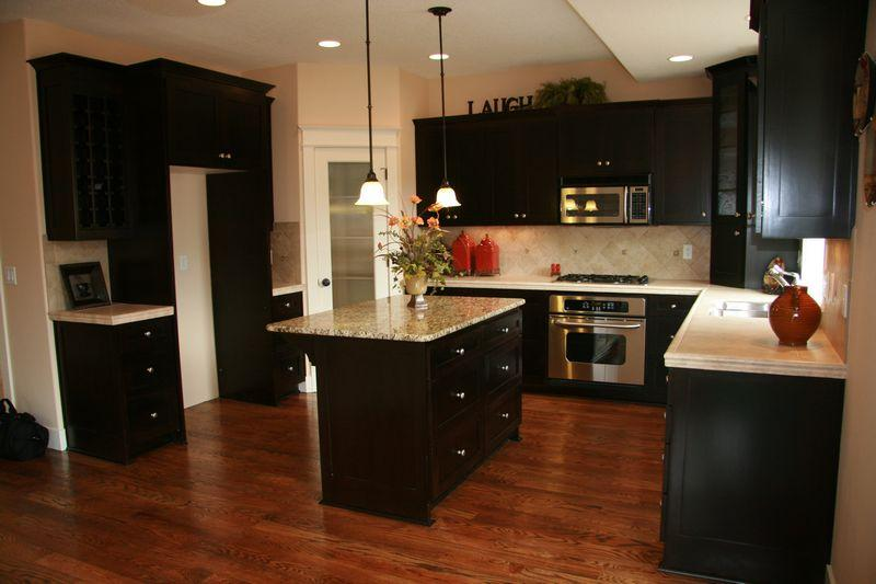 tn_1200_Custom-P4Kitchen.jpg
