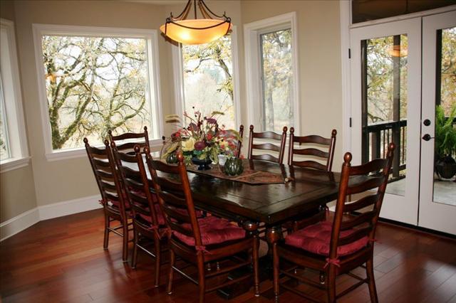 tn_480_Custom-Dining_Room.jpg