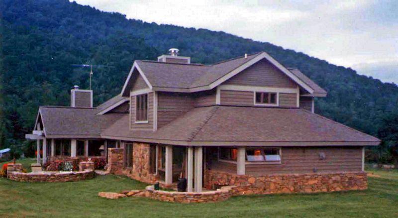 tn_480_Custom-Hill_House.jpg